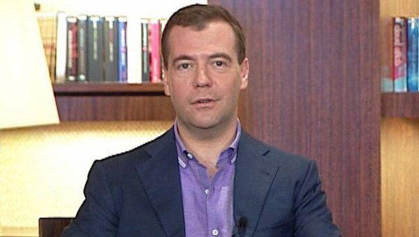 Медведев рассказал, как БРИКС превратить в БРЮКИ
