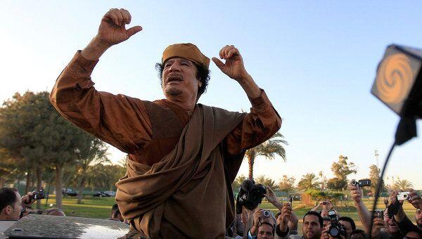 Муамар Каддафи у своей резиденции в Триполи. Фото от 10 апреля 2011года