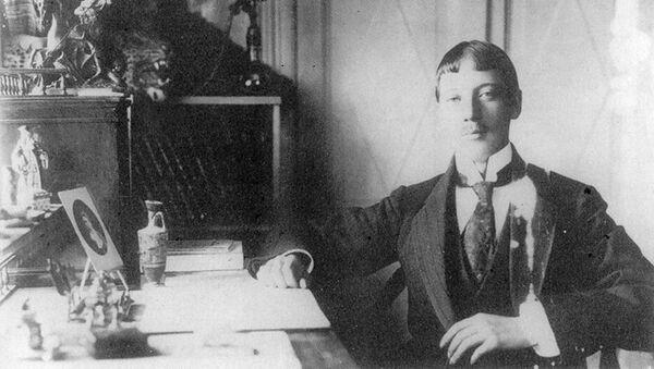 Николай Гумилёв. Архивное фото