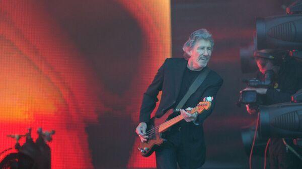 Концерт Роджера Уотерса на Дворцовой площади в Санкт-Петербурге