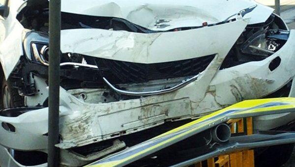 Opel и Mercedes-Benz не поделили перекресток на юге Москвы