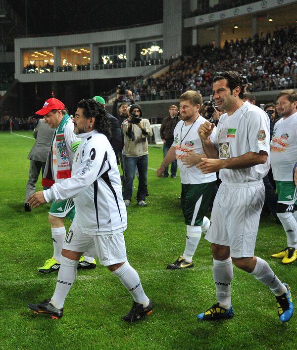 Диего Марадона, Рамзан Кадыров и Луиш Фигу (слева направо). Архив