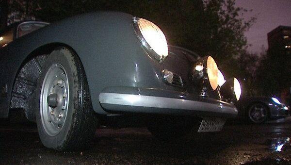 Московские владельцы ретромашин отметили Ночь музеев автопробегом
