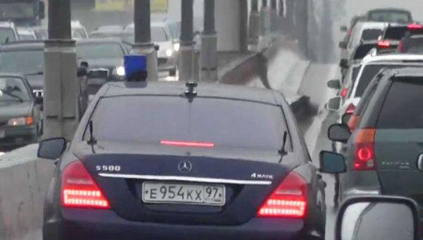 Водитель Шойгу угрожал выстрелить в голову участнику движения на МКАД
