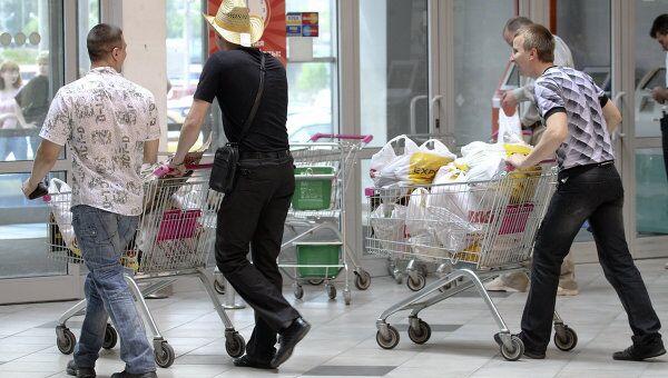 Повышенный спрос на ряд товаров и повышение цен наблюдаются в белорусской столице