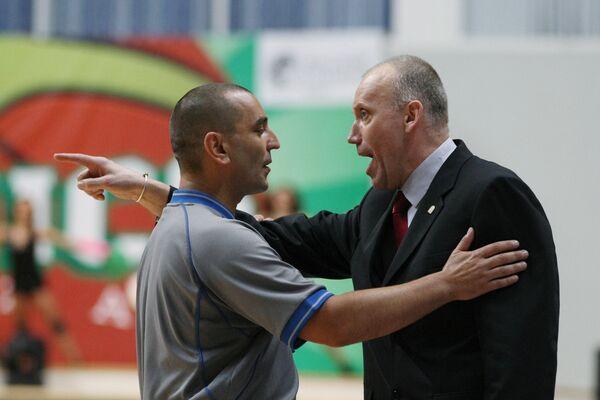 Римас Куртинайтис (справа)