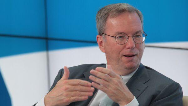 Председатель совета директоров компании Google Эрик Шмидт. Архивное фото