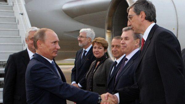 Премьер-министр РФ Владимир Путин прибыл в Париж с рабочим визитом