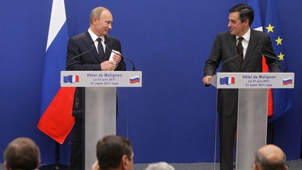 В.Путин встретился с премьер-министром Франции Ф.Фийоном. Архивное фото