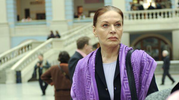 Ирина Людмила на чрезвычайном съезде Союза кинематографистов в Москве