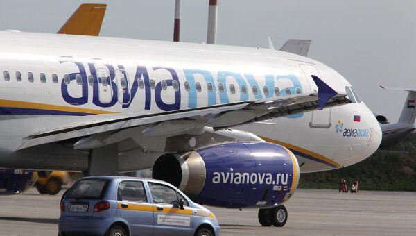 Самолет Airbus A320 авиакомпании Авианова. Архив