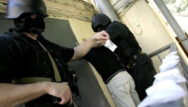 Проблему наркотрафика нельзя решать военным путем, считает эксперт