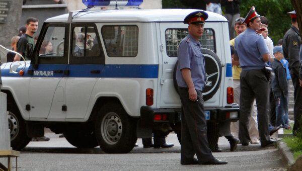Сотрудники правоохранительных органов на месте ЧП