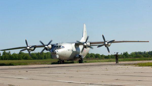 Грузовой самолет Ан-12 разбился в столице Республики Конго