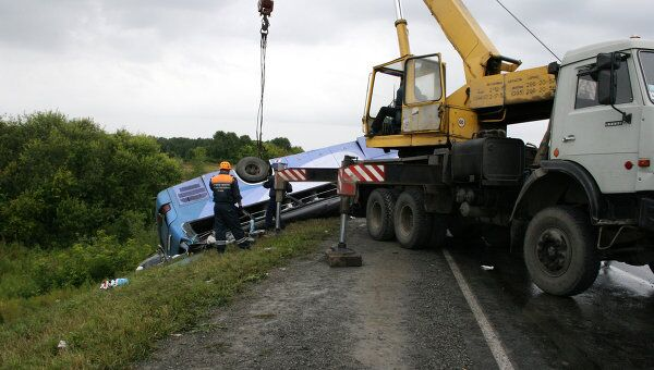 Столкновение грузовика и автобуса в Кемеровской области