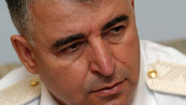Министр МВД Чечни Р. Алханов. Архивное фото