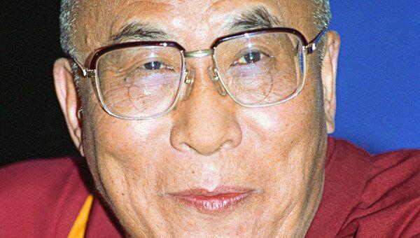 Далай-лама в понедельник вечером прибыл в столицу Польши