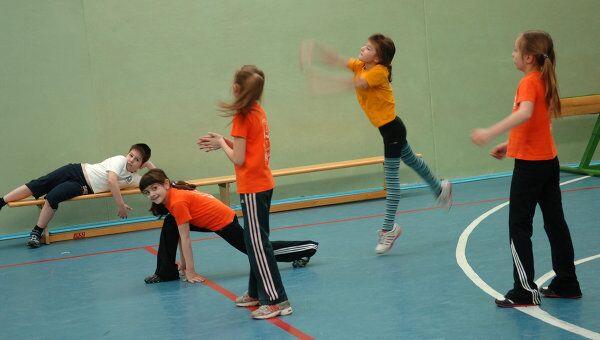 Дети на спортивных занятиях
