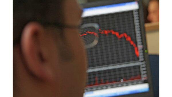 Индекс РТС на открытии упал на 0,54%, ММВБ - на 0,38%