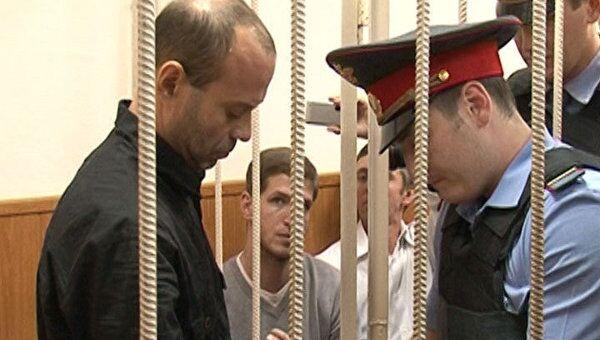 Бывший подполковник Павлюченков отказался общаться с журналистами в суде
