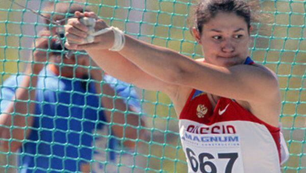 Россиянки Лысенко и Савинова завоевали золото на Чемпионате Мира по легкой атлетике