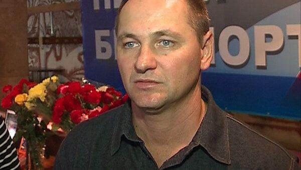 Он был скромным, честным и трудолюбивым - первый тренер о хоккеисте Клюкине