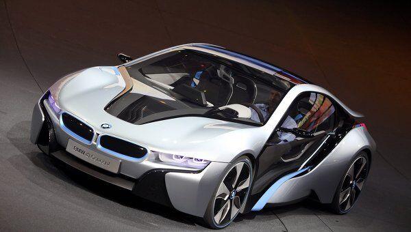 Концепт BMW i8 на автосалоне во Франкфурте. Архив
