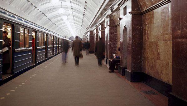 Движение поездов на Сокольнической линии метро