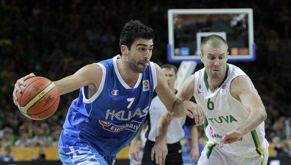 Игровой момент матча Греция - Литва