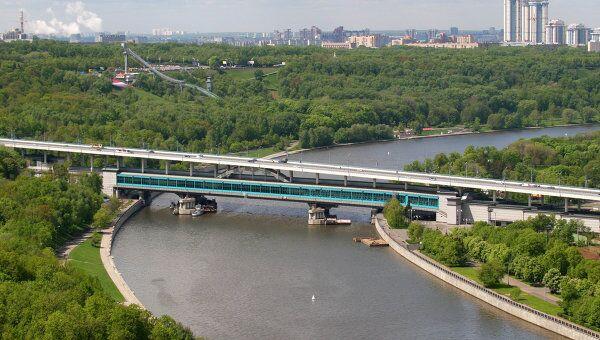 Вид на Москву с верхней точки. Воробьевы горы. Архив
