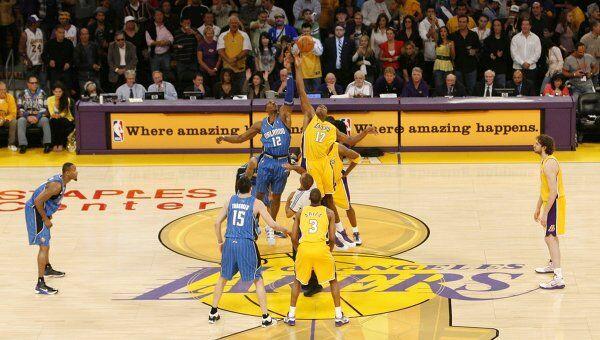 Лучшие моменты матча НБА Лейкерс - Орландо