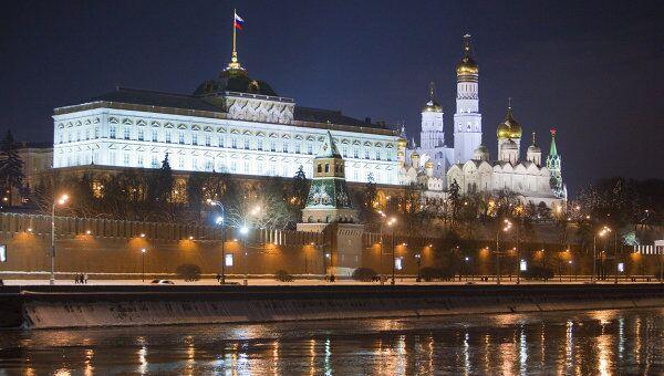 Вид на Кремлевскую набережную. Архив
