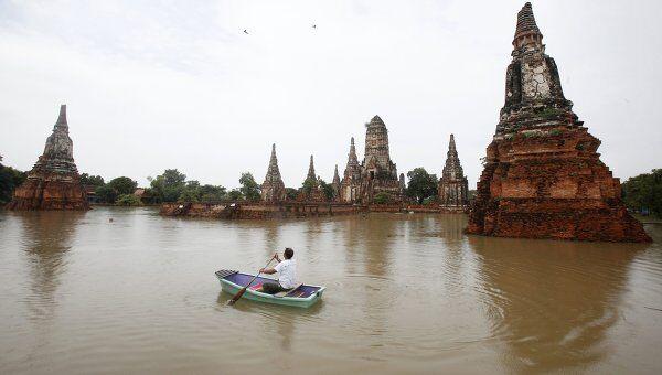 Последствия наводнения в таиландском городе Аюттхая