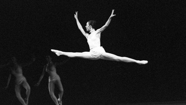 Сцена из балета Эти чарующие звуки