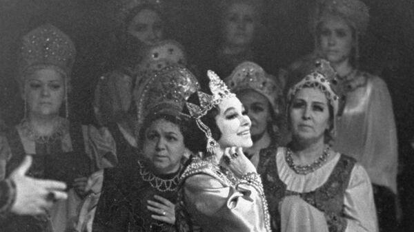 Народная артистка СССР Бэла Руденко