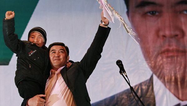 Кандидат в президенты Киргизии Камчыбек Ташиев. Архив