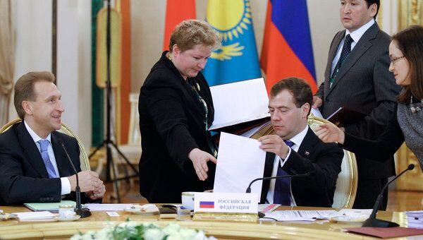 Подписание документов по итогам заседания глав государств стран-участниц Таможенного союза