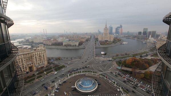 Вид со здания мэрии Москвы