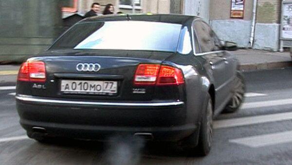 После четырехчасового допроса Лужков сбежал от журналистов