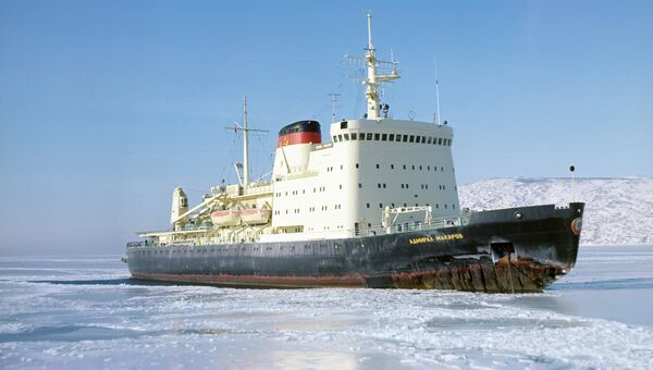 Ледокол Адмирал Макаров. Архив
