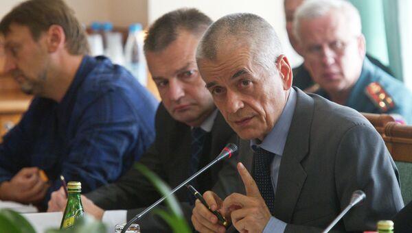 Глава Роспотребнадзора Геннадий Онищенко, архивное фото