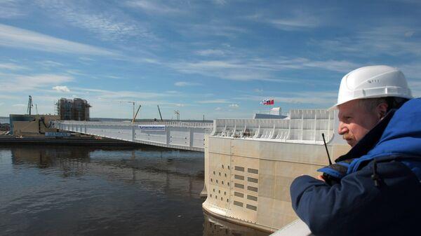 Комплекс защитых сооружений Санкт-Петербурга от наводнений. Архивное фото