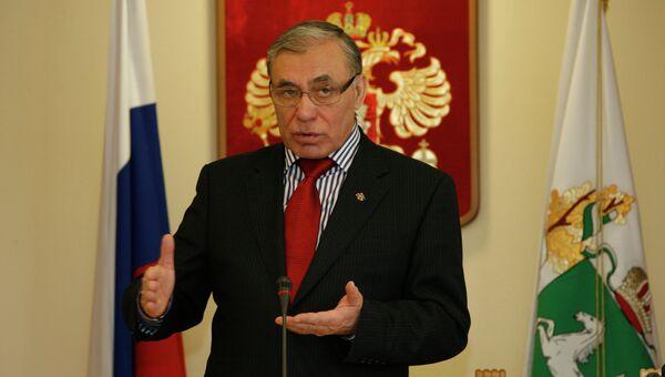 Борис Мальцев, депутат думы Томской области, архивное фото