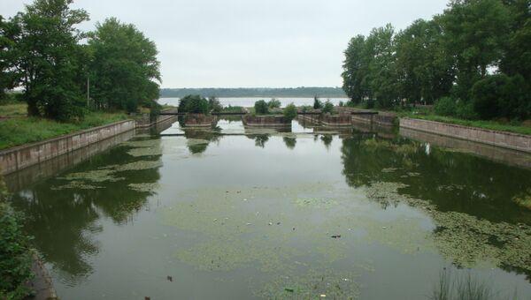 Петровские шлюзы Староладожского канала