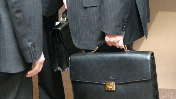 Минфин и МЭР внесут в правительство РФ пакет мер по деофшоризации