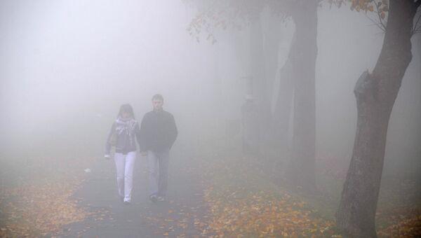 Сильный туман, архивное фото