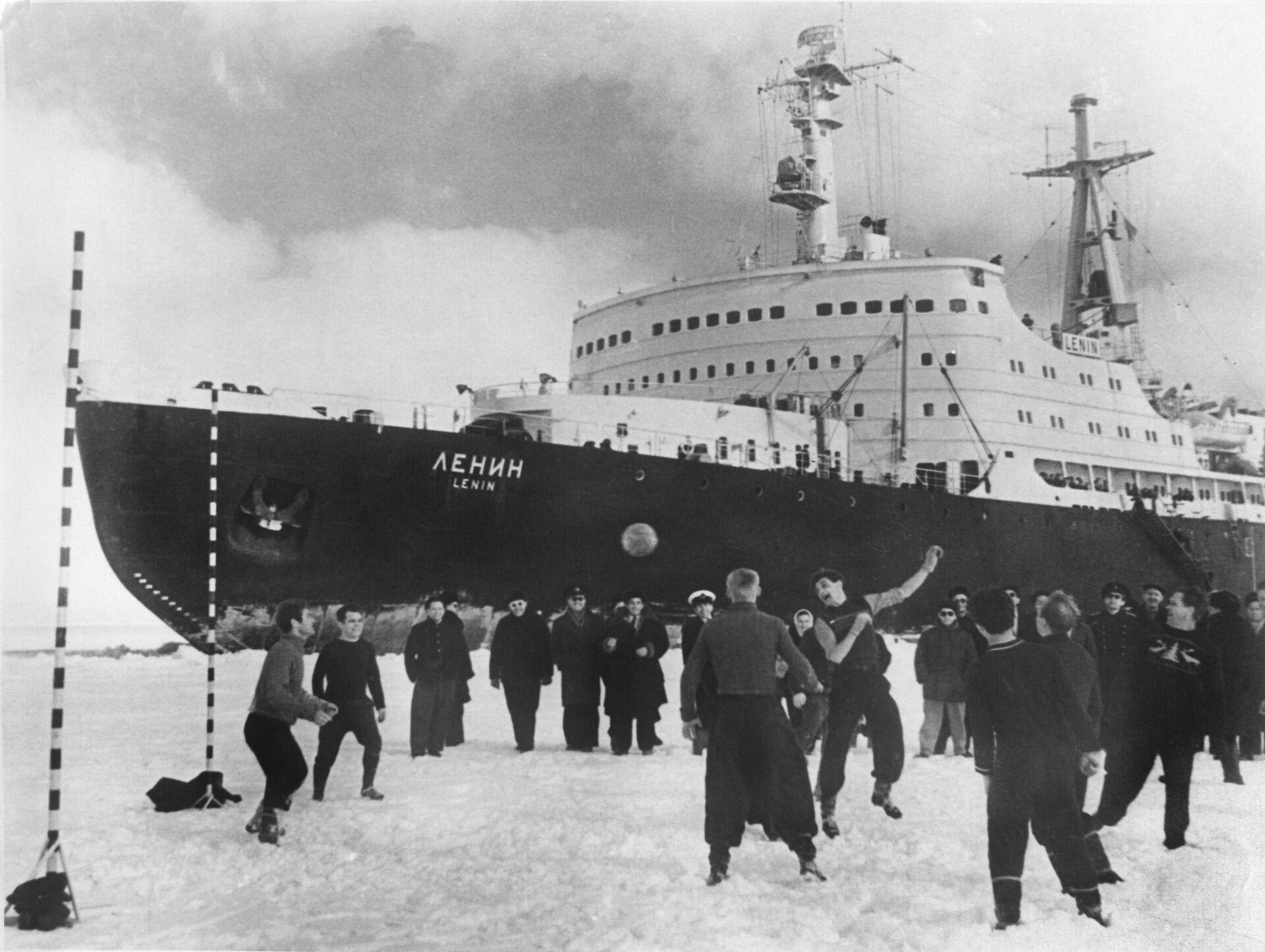 Атомный ледокол Ленин - РИА Новости, 1920, 28.12.2020