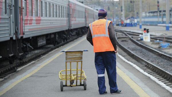 Работа железнодорожного вокзала Екатеринбурга. Архивное фото