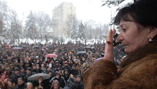 Митинги сторонников Аллы Джиоевой в Цхинвале
