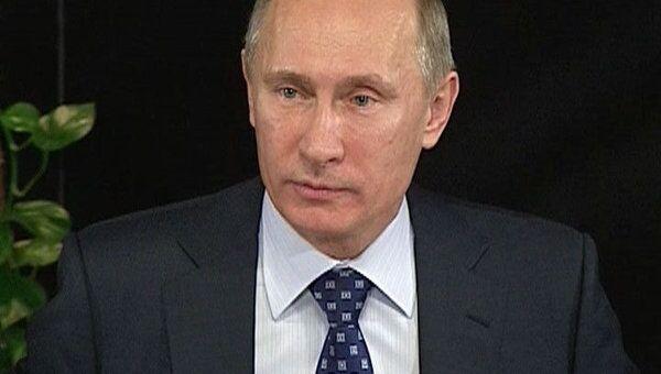 Путин пообещал гранты российским театрам и бонусы ветеранам сцены